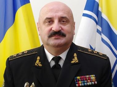 Команду оставаться в пунктах базирования и не паниковать отдал Тенюх, заявил Ильин