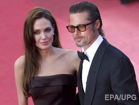 «Надеюсь, все наладится»: отец Джоли прокомментировал развод дочери
