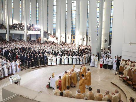 Иисус Христос стал королем Польши впроцессе церемонии интронизации