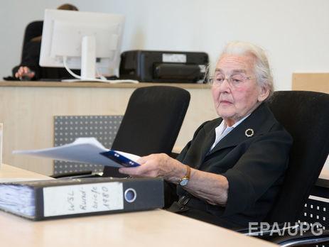 88-летнюю жительницу Германии приговорили ктюрьме заотрицание Холокоста