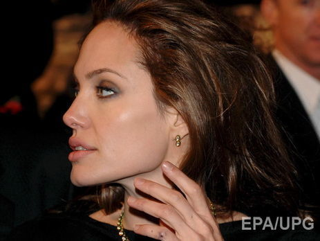 Анджелина Джоли снова вернулась к небезопасной для здоровья зависимости