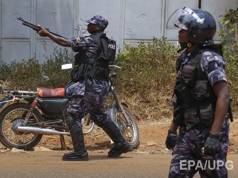 В итоге стычек ополченцев сполицией вУганде погибли 55 человек