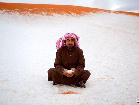 Выпавший снег шокировал жителей Саудовской Аравии