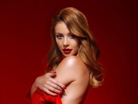 Новое видео Тины Кароль снято в красных тонах