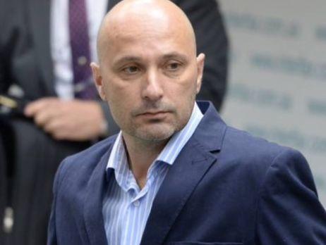 «Тайник Азарова»: юрист сказал, кому вдействительности принадлежат ценные вещи