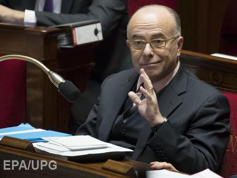 Франция продлевает режим чрезвычайного положения