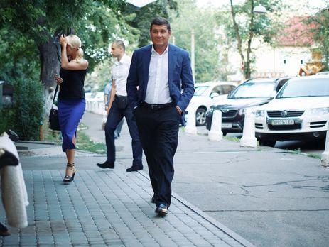 Онищенко вГермании, пробует решить проблемы