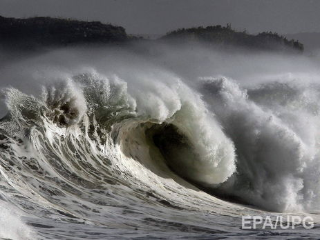 Ученые зафиксировали рекордную 19-метровую волну
