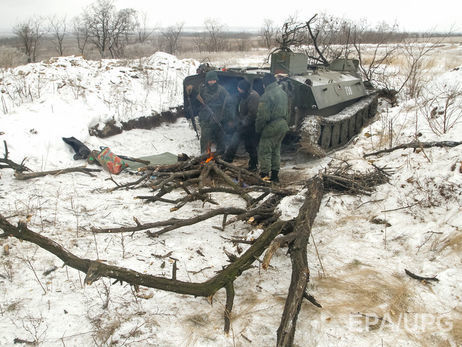 Украинские военные отбили две атаки НВФ наСветлодарской дуге