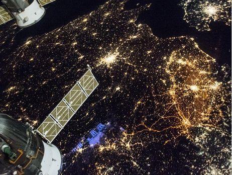 NASA опубликовало снимок ночного вида городов Европы