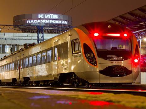 Пассажиры «Укрзалізниці» получат бесплатные воду изавтраки— Путь вЕвропу