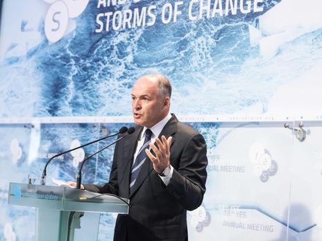 Пинчук предложил «болезненные компромиссы» ради мира наДонбассе