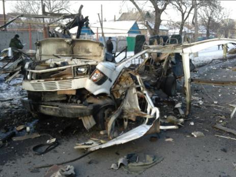 Микроавтобус взорвался вДонецке
