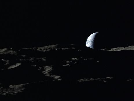 Луна родилась в итоге столкновений Земли сдесятками планет— Ученые