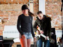 Руслана в студии записывает альбом, над которым работает два года. Фоторепортаж