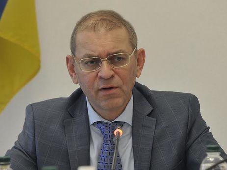 Комитет по задачам нацбезопасности желает исключить изсвоего состава еще 2-х нардепов
