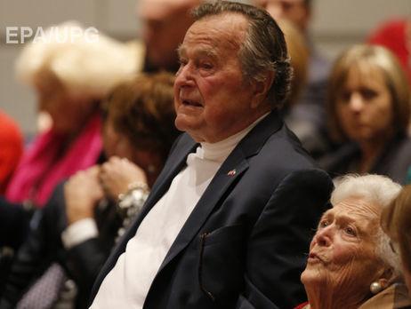 Джордж Буш-старший отключен отаппарата искусственного дыхания