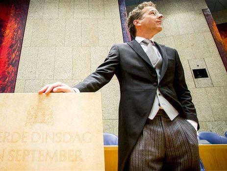 Мигранты должны либо вести себя порядочно либо покинуть страну— Премьер Нидерландов