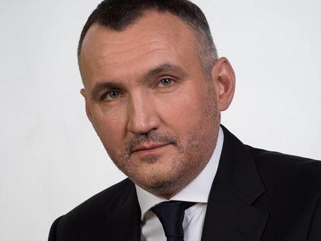 Вдоме прежнего замгенпрокурора Украинского государства отыскали золотую лопату