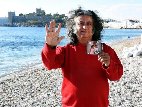 Турецкий музыкант назвал себя настоящим отцом эстрадной певицы Адель
