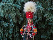 """Финалистки конкурса """"Мисс Украина Канада 2016"""" примерили национальные костюмы. Фоторепортаж"""