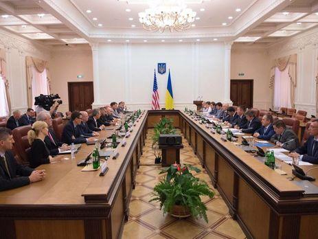 Кабмин выделил практически 113 млн пострадавшим наЕвромайдане