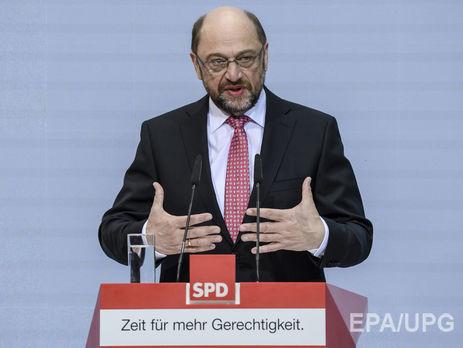 Кандидат вканцлеры Германии предостерег ототмены санкций противРФ