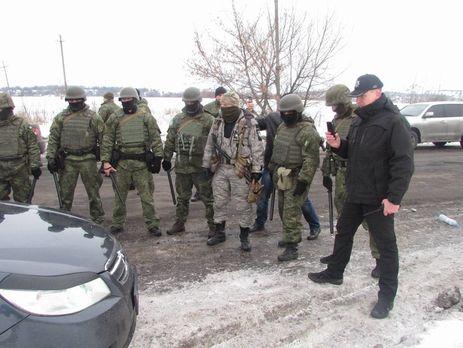 Блокада Донбасса: под Бахмутом произошла потасовка сполицией