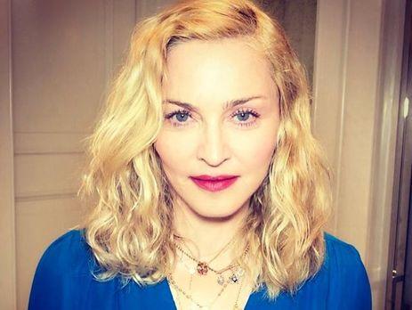 Удочеренных Мадонной девочек-близняшек зовут Стелла иЭстер
