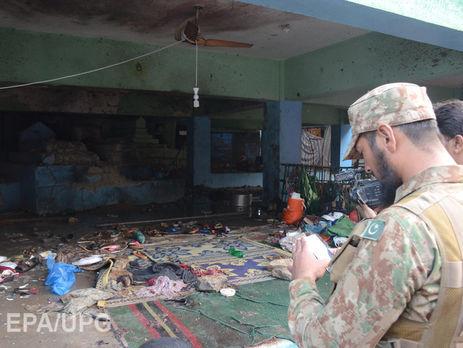 В итоге теракта наюге Пакистана погибли 72 человека