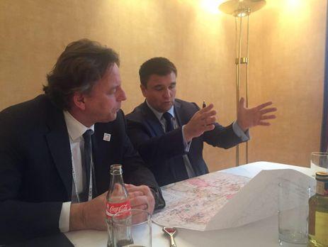 Голландский политик запустил фейк сфальшивыми «украинцами»: соцсети вшоке