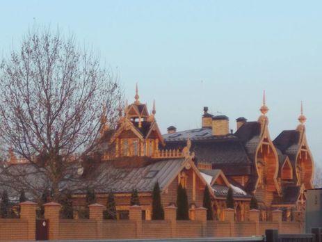 Прошлый «регионал» Бойко строит под Киевом «Емелялэнд