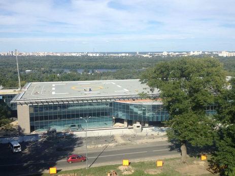 На «вертолетной площадке Януковича» проводятся обыски