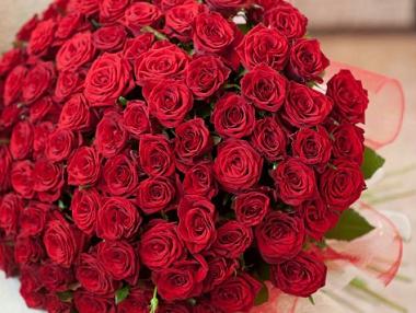 Шикарные розы белые