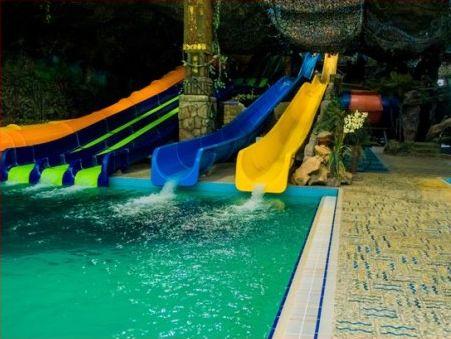 ОГА: ВХарькове замедпомощью после посещения аквапарка обратились 20 человек