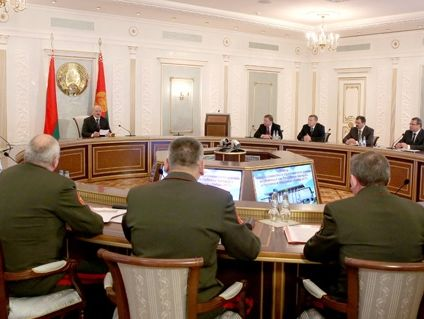 СБУ попросила уБеларуси объяснений насчет слов Лукашенко о«лагерях боевиков»