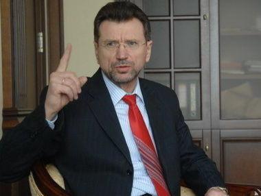Сугоняко: Нынешняя украинская власть, как алкаш. Ну что вы с него возьмете, когда он в запое? Что он может сделать? Ничего