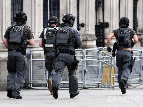У английского парламента произошла стрельба: 12 раненых— свидетели
