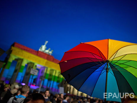 75% германцев одобряют уравнение однополых браков страдиционными