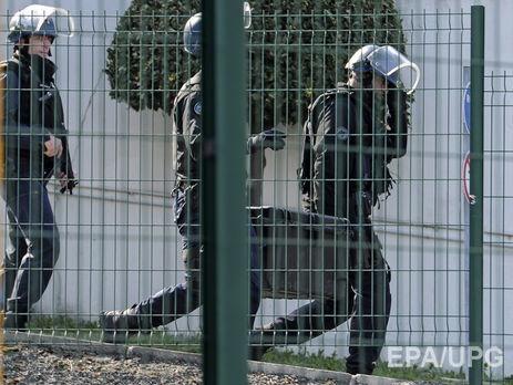 Вквартирах задержанных вМарселе нашли автоматическое оружие ивзрывчатку