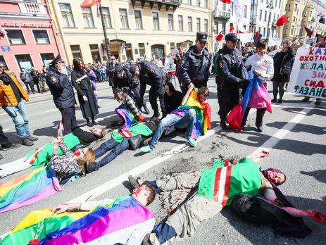 Геи побили Милонова намитинге вПетербурге