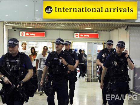 Ваэропорту Лондона милиция задержала подозреваемого ввербовке боевиков иподготовке теракта