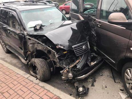 ВКиеве нетрезвый лихач на Лексус устроил масштабную трагедию