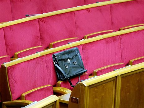 """""""Верховной Раде можно все"""" эта цитата экс-спикера Александра Мороза, кажется, точнее всего выражает стиль работы украинского парламента"""
