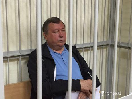 Экс-главу налоговой Луганской области Антипова арестовали прямо взале суда