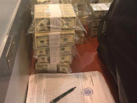 ВКиєві нахабарі у $5 млн затримали чиновницю Фонду гарантування вкладів