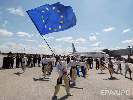 Госпогранслужба: ВЕС без виз въехали практически 1900 украинцев