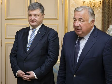 Порошенко позвал парламентариев изФранции вДонбасс