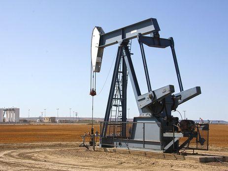 Bloomberg узнал оботказе РФ обговаривать снижение добычи нефти
