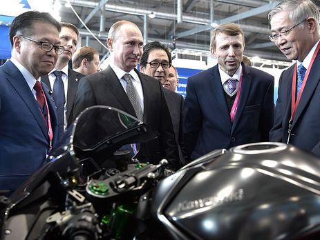 Путин поведал освоем японском мотоцикле, накотором пробует неездить